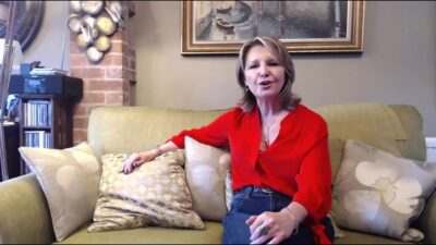 Introduction to Rosalyn Palmer Rapid Transformational Therapist